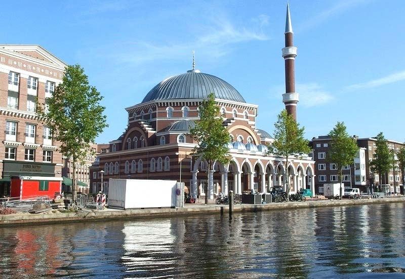 Moskeein-Nederland